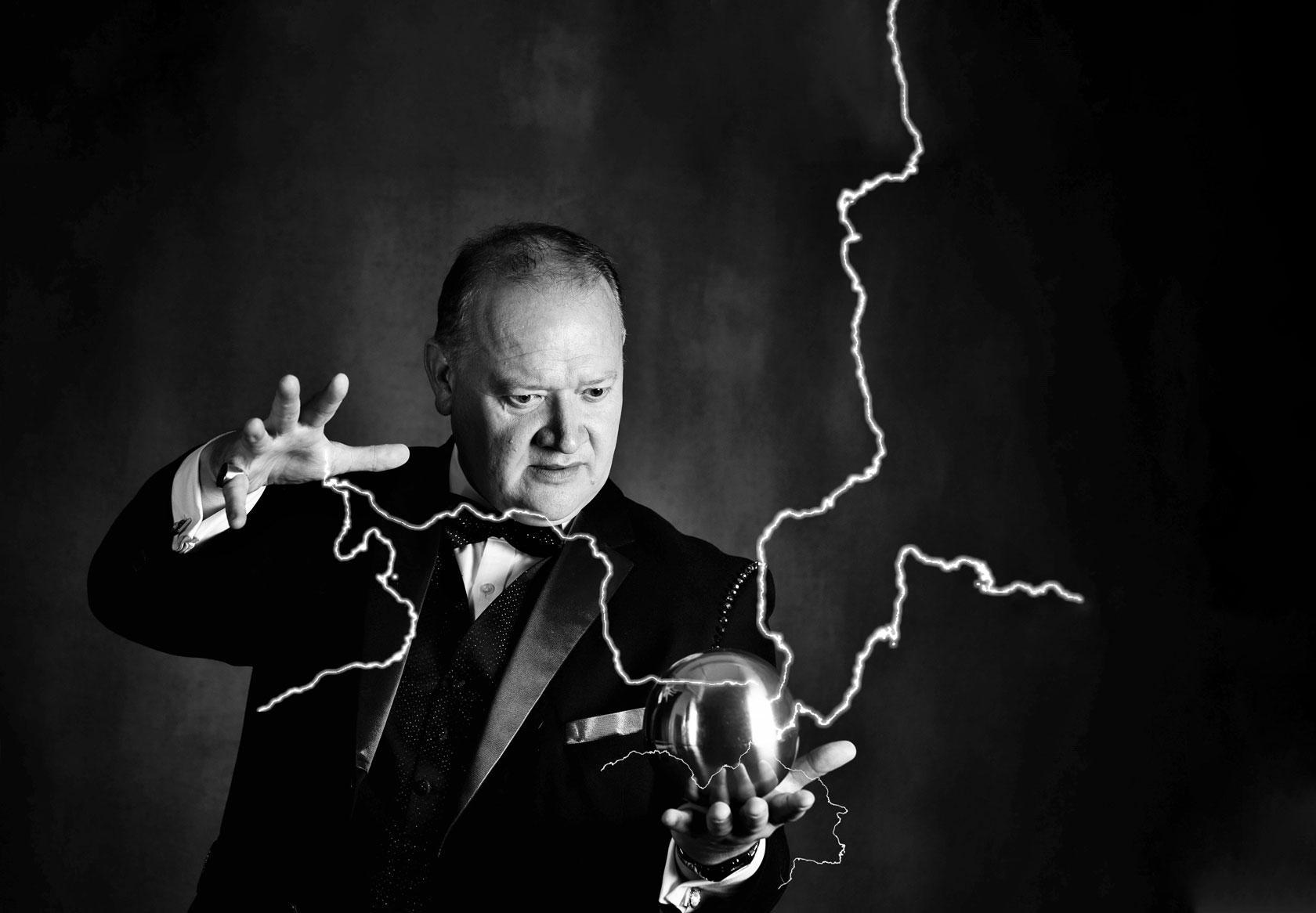 Trevor Price Magician
